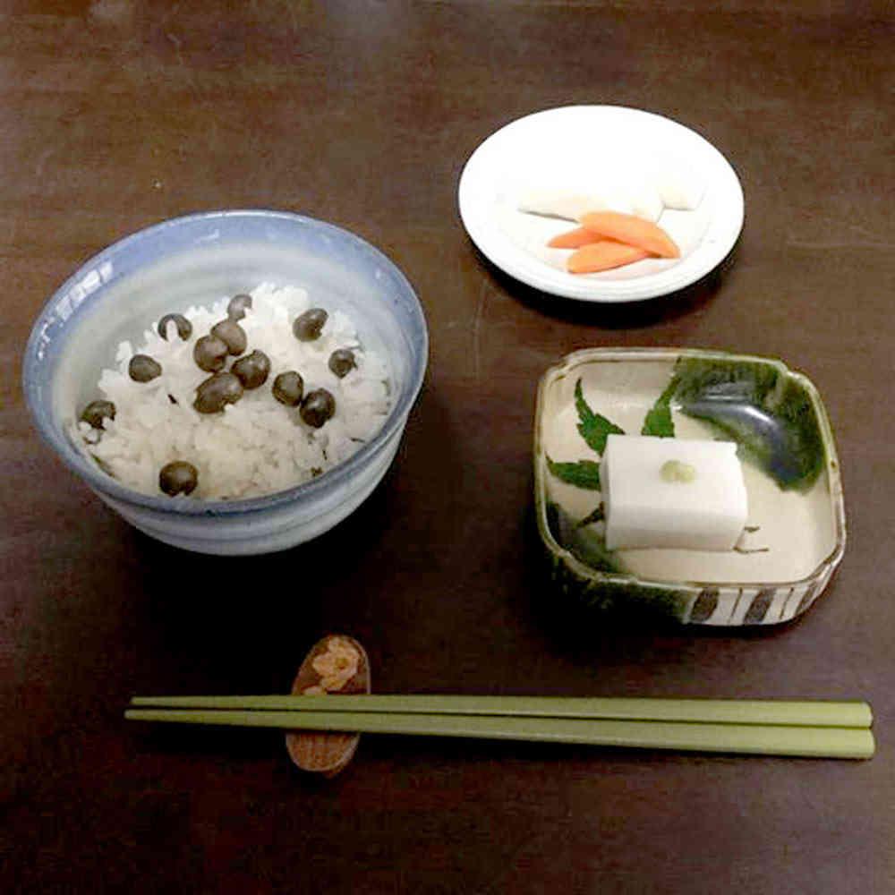 むかごと新米がお口に中でコラボしてます♪。落花生豆腐も味が濃〜い。